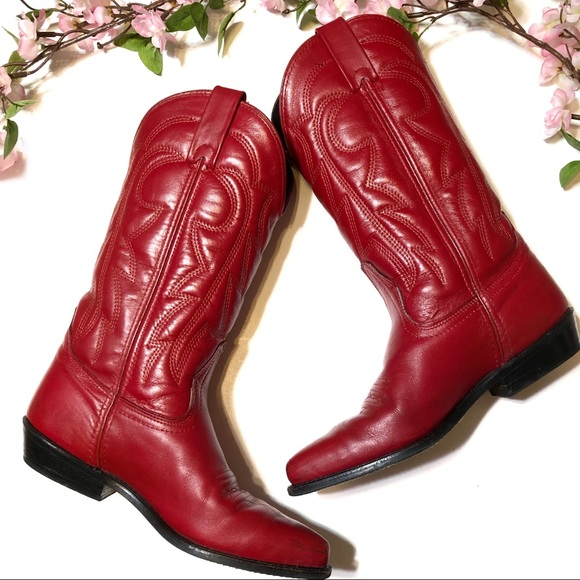 63617030d36 Vintage Vittorio Ricci Red Leather Cowgirl Boots